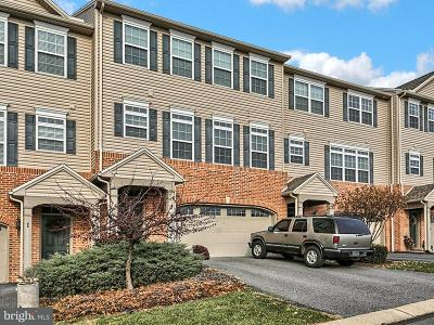 Lemoyne Townhouse For Sale: 3 Crossgate Cir Circle