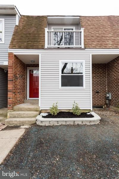 Malvern Townhouse Under Contract: 25 Rickmar Lane