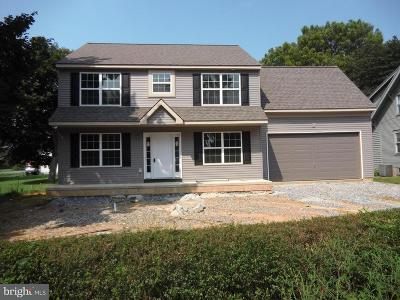 Landisville Single Family Home For Sale: Broad Street