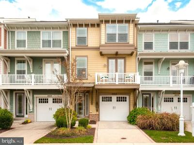 Cambridge Townhouse For Sale: 2822 Persimmon Place #B3