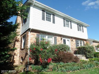 Frederick Single Family Home For Sale: 8206 Ridgelea Court