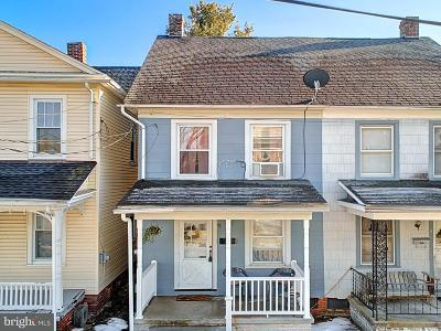 Hanover Townhouse For Sale: 9 1/2 Orchard Street
