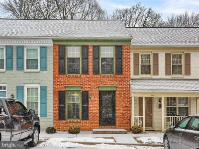 Camp Hill, Mechanicsburg Townhouse For Sale: 6245 Stanford Court