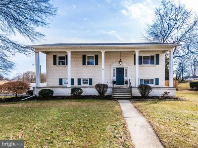 Carlisle Single Family Home Under Contract: 828 Forbes Road