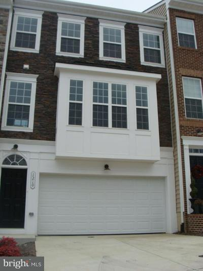 Fredericksburg Townhouse For Sale: 1210 Ramble Drive