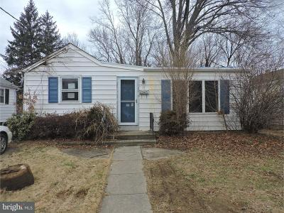 Ewing Single Family Home For Sale: 11 Bruce Lane