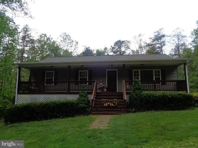Rappahannock County Single Family Home For Sale: 123 Poplar Hollow Lane