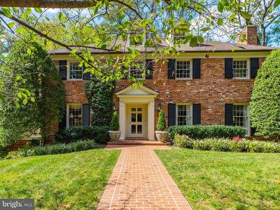 Chevy Chase Single Family Home For Sale: 5818 Hillburne Way