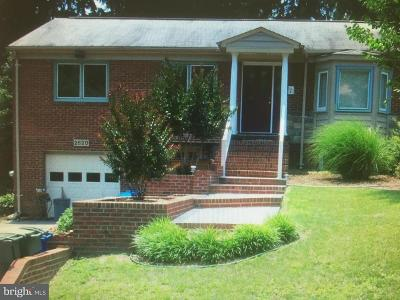 Chevy Chase Single Family Home Under Contract: 2620 Moreland Place NW