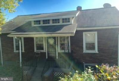 Single Family Home For Sale: 4253 Clay Street NE