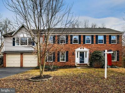 Herndon Single Family Home For Sale: 12837 Pinecrest Road