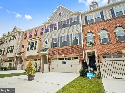 Arnold Townhouse For Sale: 206 Admirals Court