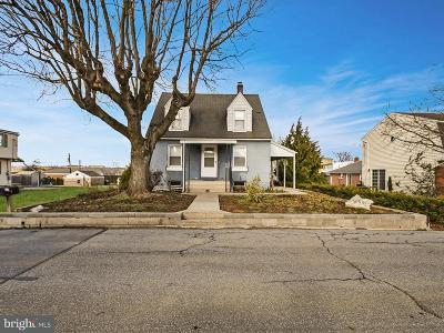 Hershey Single Family Home For Sale: 127 Half Street