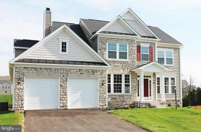 Charles Town Single Family Home For Sale: Quaking Aspen Way #DARMOUTH