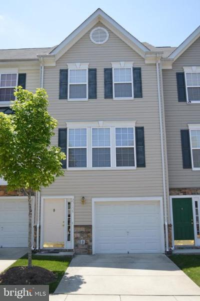 Sterling Townhouse Active Under Contract: 23156 Blackthorn Square