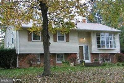 Fairfax County, Fairfax City Single Family Home Active Under Contract: 14618 Batavia Drive