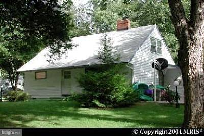Rockville MD Single Family Home Active Under Contract: $326,000