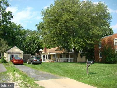 Single Family Home Active Under Contract: 18 4th Avenue