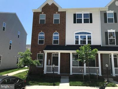 Woodbridge Townhouse For Sale: 1655 Dorothy Lane