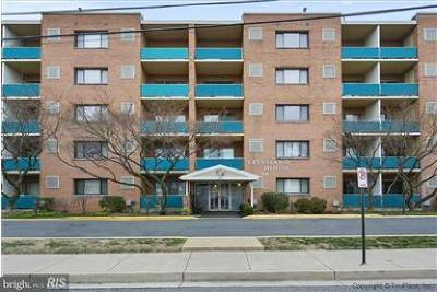 Arlington Condo For Sale: 1931 Cleveland Street N #610