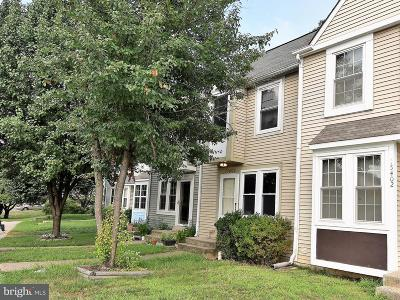 Woodbridge Townhouse Under Contract: 15404 Gunsmith Terrace