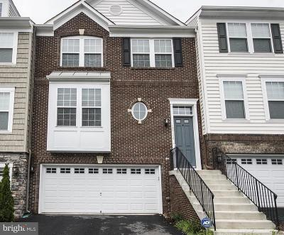Woodbridge Townhouse For Sale: 16708 Shackleford Way