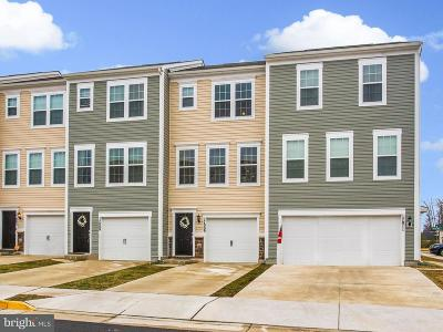 Dumfries Townhouse For Sale: 17009 Hoskins Way