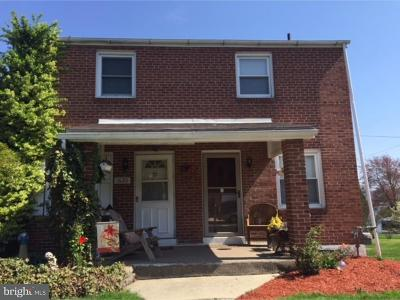 Single Family Home For Sale: 1622 Meade Street