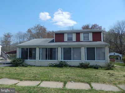 Aberdeen Single Family Home Under Contract: 1423 Perrywood Drive