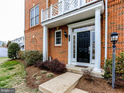 Prince William County Townhouse For Sale: 14606 Cadbury Way #22