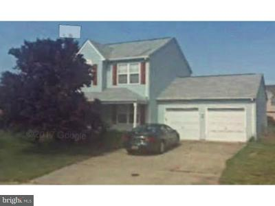 Newark Single Family Home Under Contract: 8 La Rochelle Court