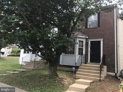Capitol Heights Townhouse For Sale: 1209 Dillon Court