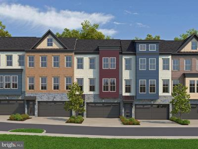 Germantown MD Townhouse Under Contract: $541,670