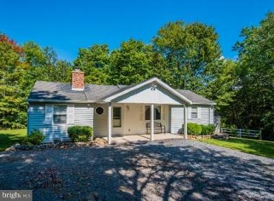 Great Cacapon Single Family Home For Sale: 283 Gloyd Lane