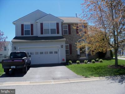 Coatesville Single Family Home For Sale: 100 N Governor Way
