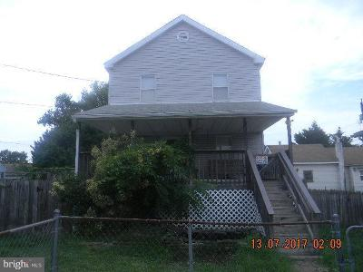 Baltimore Single Family Home For Sale: 2406 Sparrows Point Road