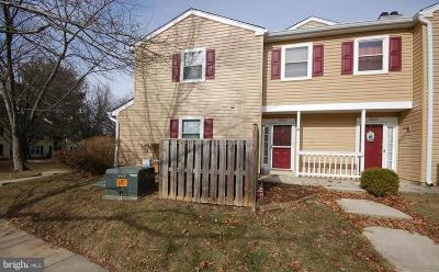 Olney MD Single Family Home Under Contract: $200,000