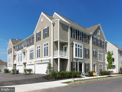 Camp Hill, Mechanicsburg Townhouse For Sale: 3038 Meridian Commons #A