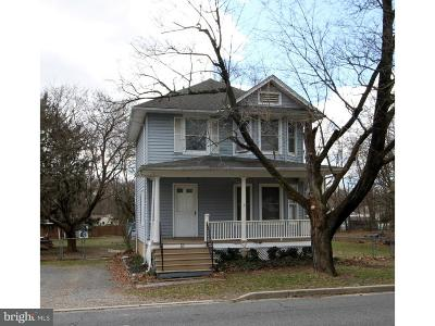 Bordentown Single Family Home Under Contract: 83 Groveville Road