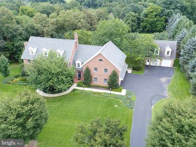 Hummelstown Single Family Home For Sale: 3 Fox Run Road