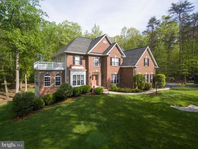 Frederick Single Family Home For Sale: 29 Ashburn Lane