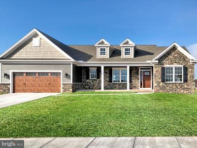 New Oxford Single Family Home For Sale: 128 Sherry Lane #108