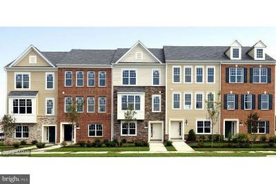 Lanham MD Townhouse For Sale: $371,251