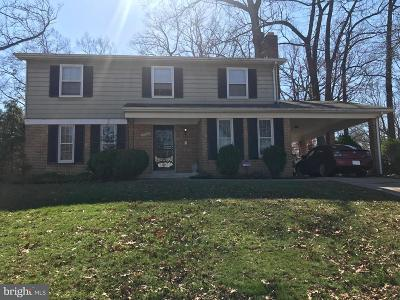 Clinton MD Single Family Home For Sale: $300,000
