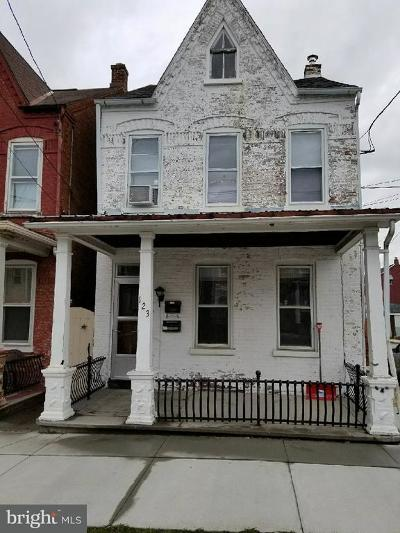 Columbia Single Family Home For Sale: 123 S 8th Street