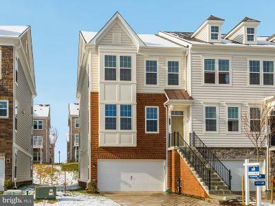 Laurel Townhouse For Sale: 9918 Cypress Way