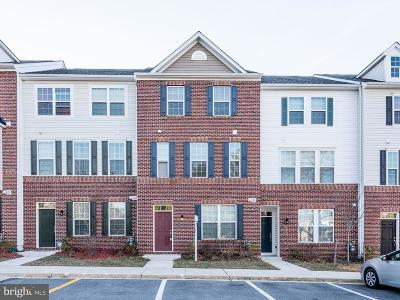 Silver Spring Townhouse For Sale: 3529 Woodlake Drive #32