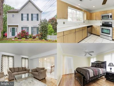 Alexandria Single Family Home For Sale: 2500 Fairview Drive