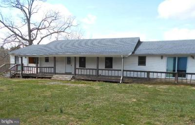 Louisa County Single Family Home For Sale: 3735 Johnson Road