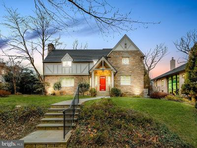 Washington Single Family Home For Sale: 2851 Chesterfield Place NW